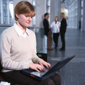 businesswoman-with-laptop